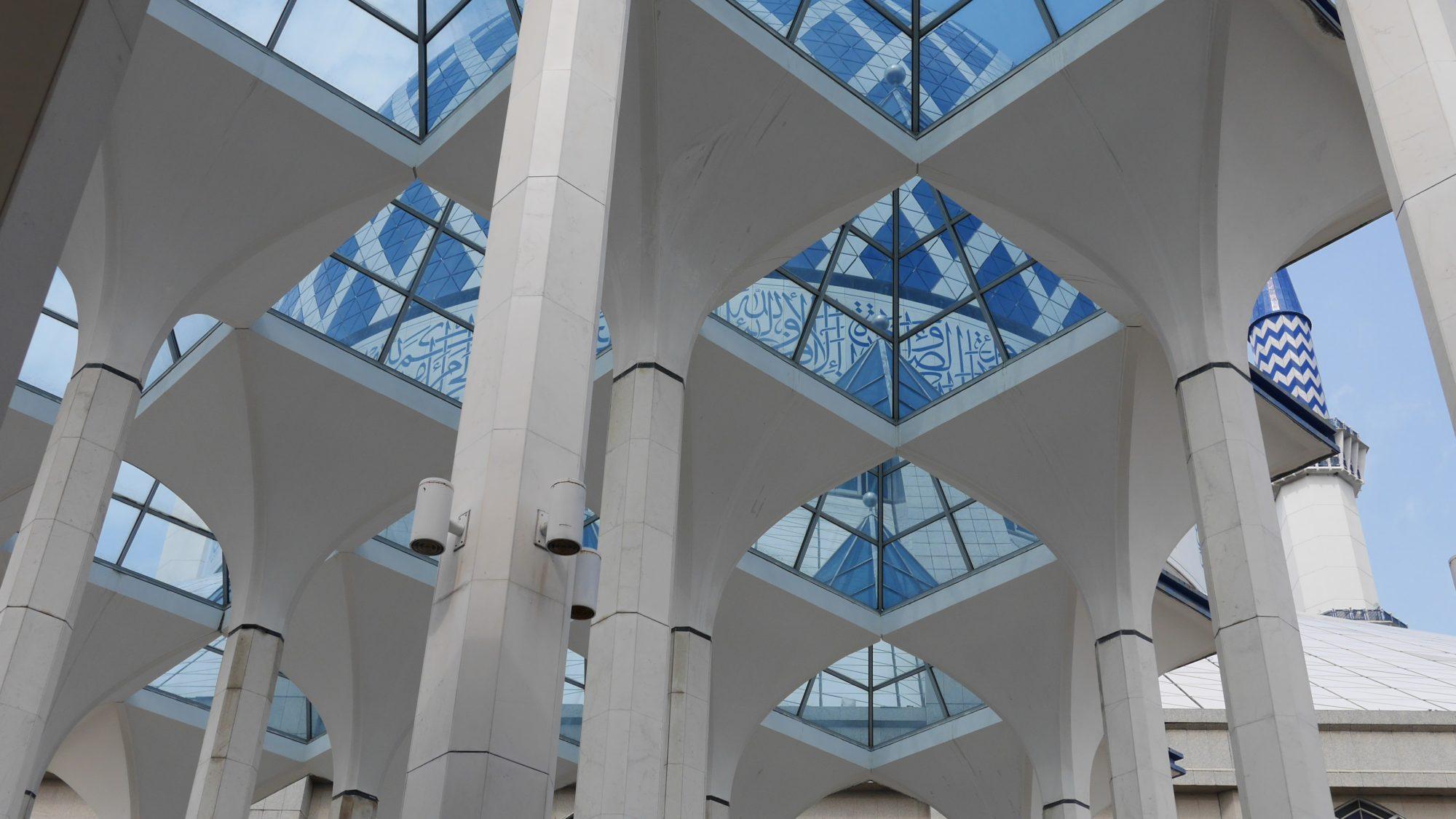 ブルーモスク中央部の屋根