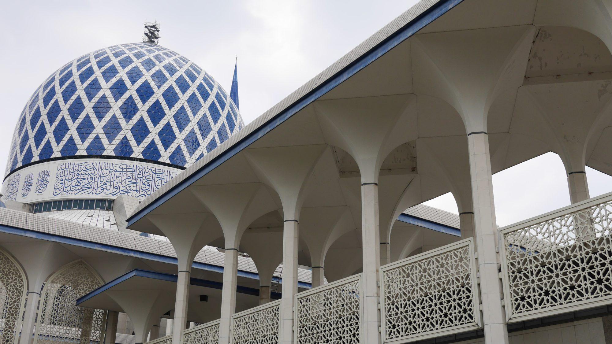 ブルーモスクのドーム